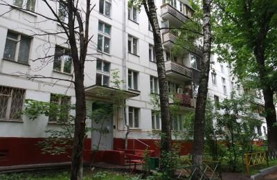 90% подъездов жилых домов отремонтировали в Москве за пять лет
