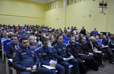 О социально-экономическом развитии округа жителям ЮАО рассказал префект Алексей Челышев