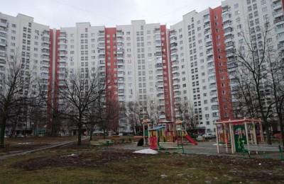 В подъездах жилых домов Москвы начали расклеивать антитеррористические листовки