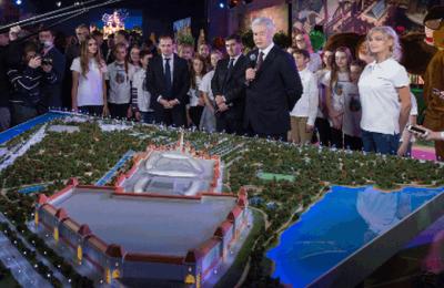 Ведется строительство самого крупного в мире парка развлечений - Собянин