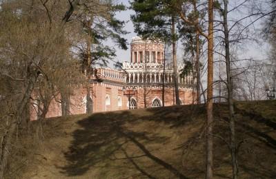 На фото территория музея-заповедника Царицыно