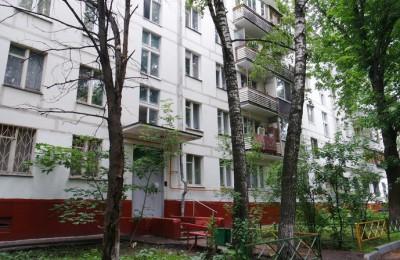 На фото двор в районе Царицыно