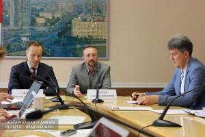 Зампредседателя комитета Анатолий Кравчук