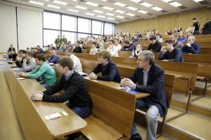 Среди российских выпускников москвичей было 7,2% - Печатников