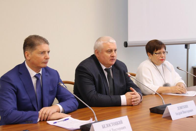 Дополнительные бригады скорой помощи будут работать в российской столице