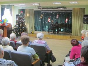 В ТЦСО «Царицынский» состоялся новогодний концерт