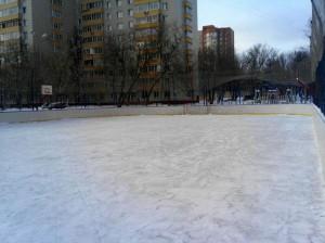 По просьбе местных жителей в районе обновили каток по адресу: улица Медиков, дом 22, корпус 1