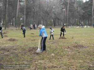 Жители района Царицыно присоединились к Всероссийскому субботнику