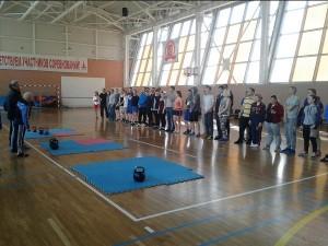 Жители района сразились на окружных соревнованиях по гиревому спорту