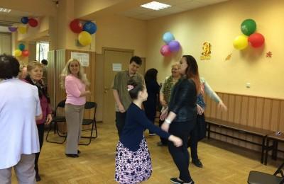 В досуговом центре «Личность» состоялся танцевальный тренинг