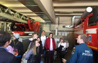 Экскурсию по пожарно-спасательной части района провели студентам «Царицыно»