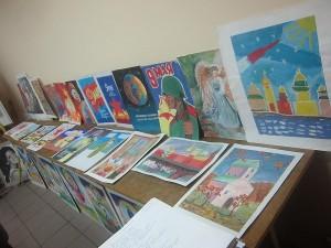 """Выставка рисунков в ЦД """"Личность"""""""