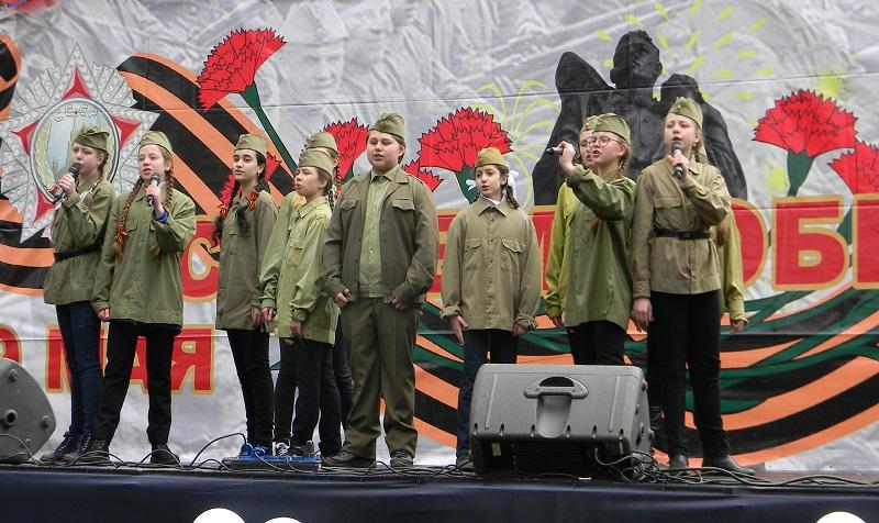 На конкурсе военно-патриотической песни