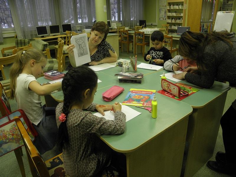 В библиотеке №141