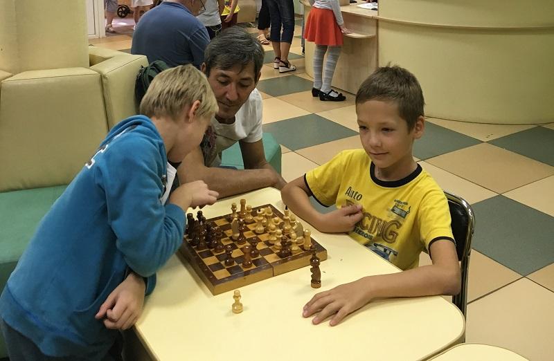 На шахматном уроке