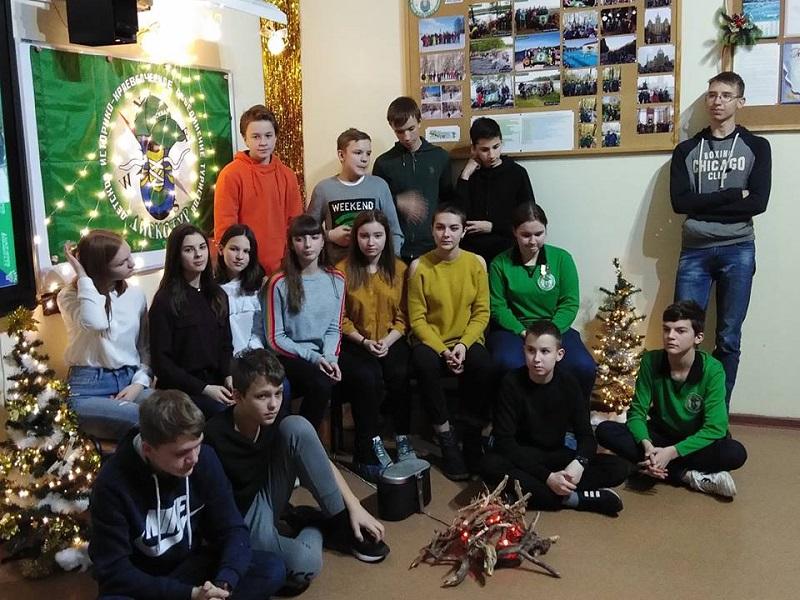 «Дискотур» устроили вечер встреч в школе №904