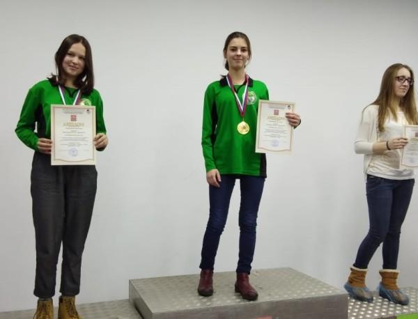 Туристы школы «Дискотура» взяли золото с серебром на первенстве по туризму