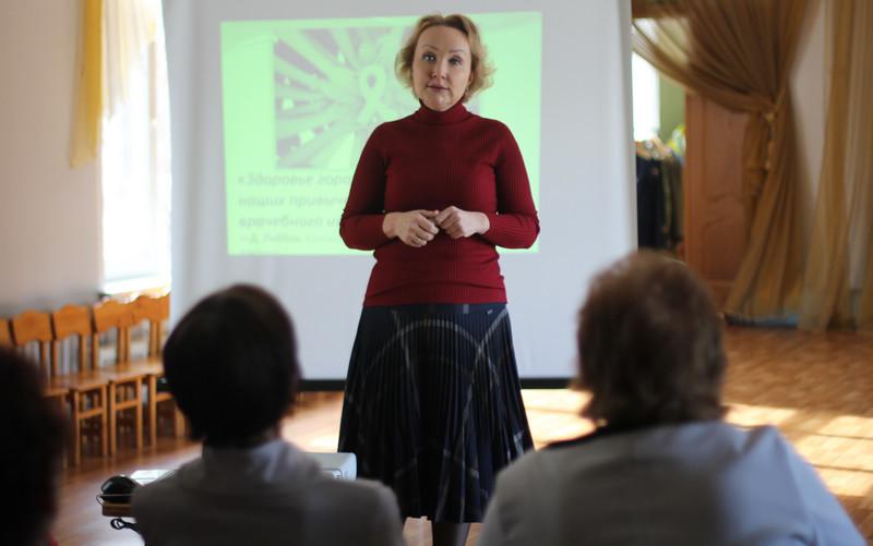 Елена Самышина прочитала лекцию о ранней диагностике рака в школе № 982