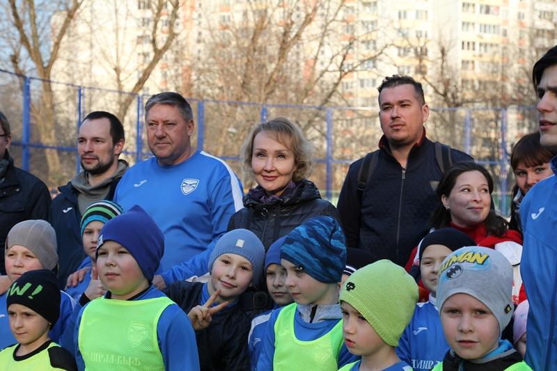 Елена Самышина посетила праздник двора