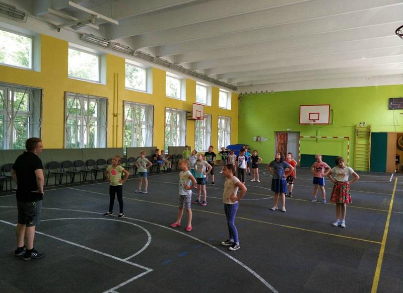 «Школа юного детектива», школа 870, День России