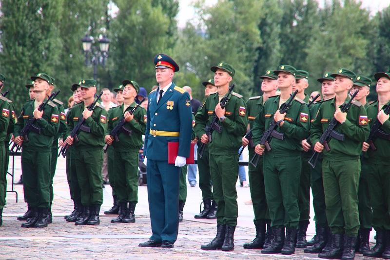 «Служу России!»: в Москве состоялась торжественная церемония принятия присяги Семеновского полка