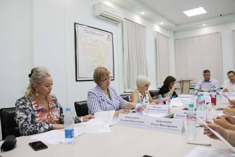 Внеочередное заседание состоялось в Совете депутатов