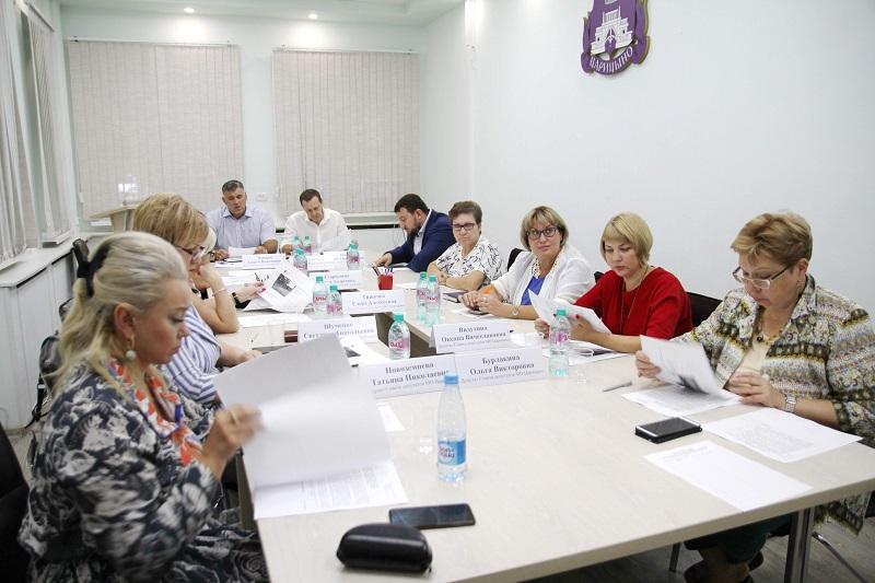 Муниципальные депутаты проведут очередную встречу