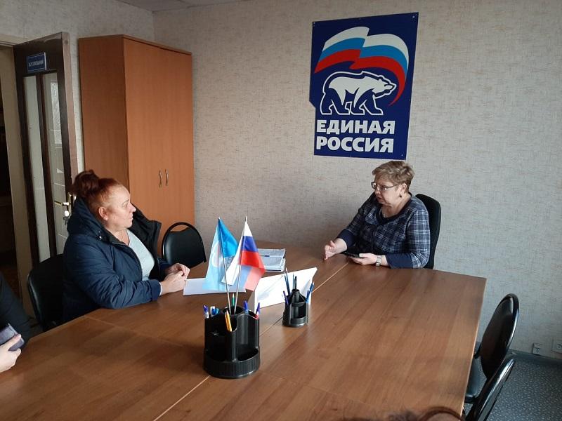 Муниципальные депутаты Царицына провели прием граждан