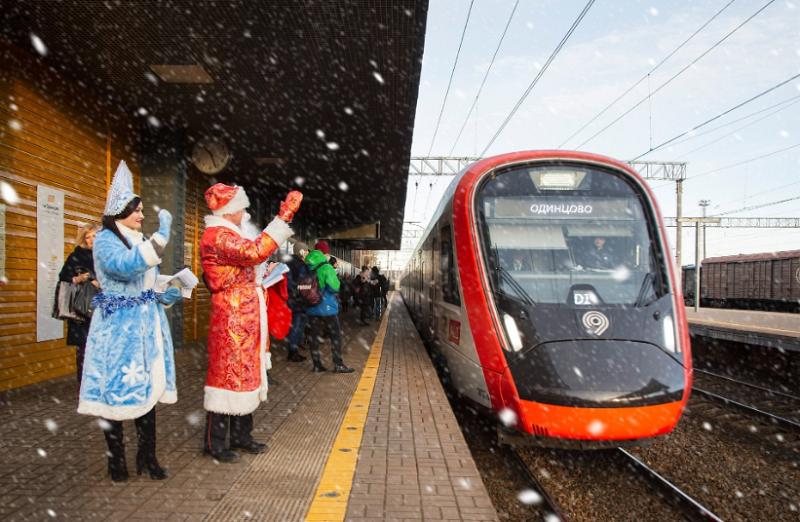 МЦД, МЦК, метро, наземный транспорт, Новый год