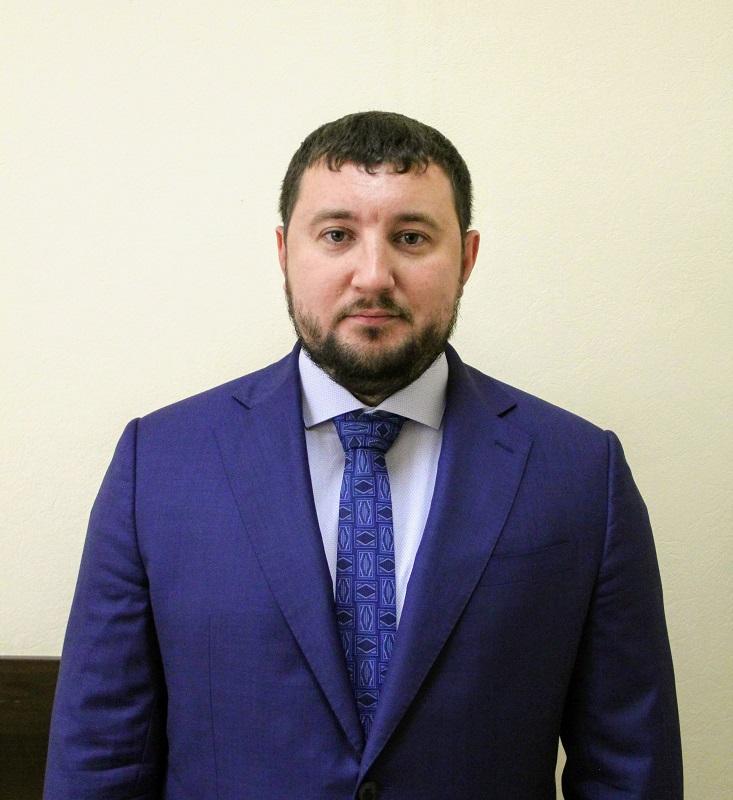 Глава муниципального округа Царицыно Дмитрий Хлестов поздравил жителей района с Днем защитника Отечества: