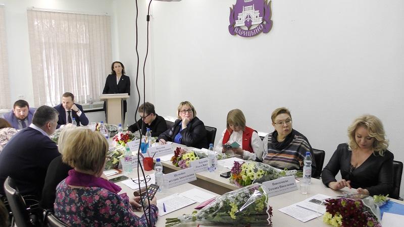 Депутатам рассказали об итогах работы школы № 904 за прошлый год