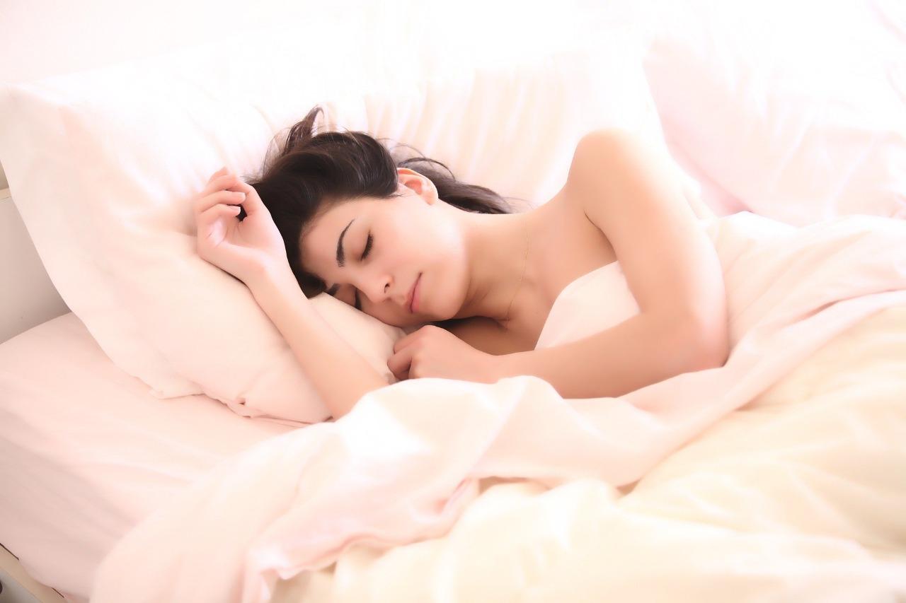 Эксперт рассказал как быстро наладить режим сна после новогодних каникул. Фото: pixabay.com